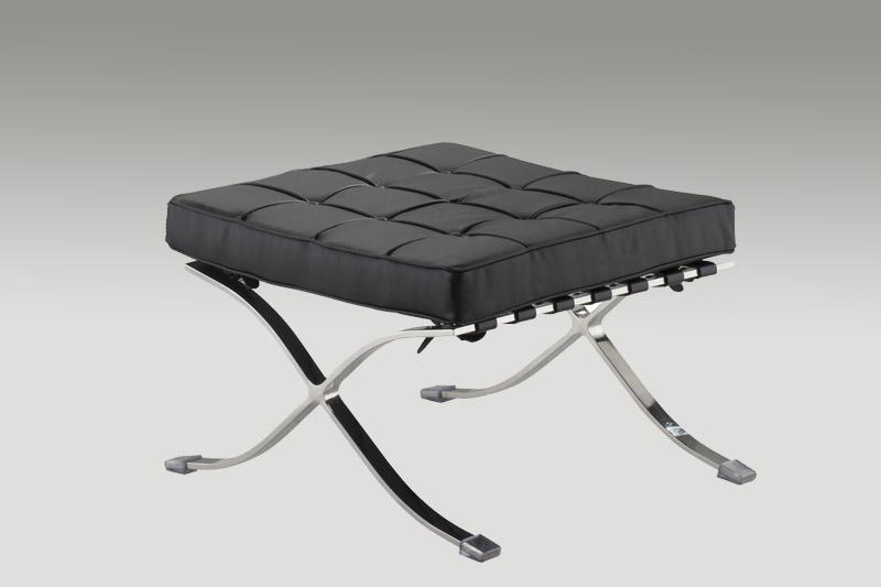 Linha sof s e poltronas for Sofas com chaise e puff